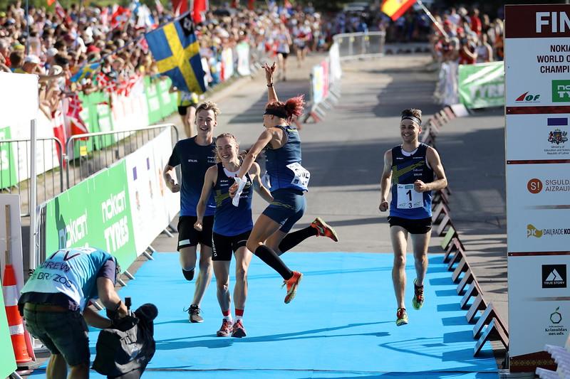 Voittajajoukkue maaliin, Ruotsi