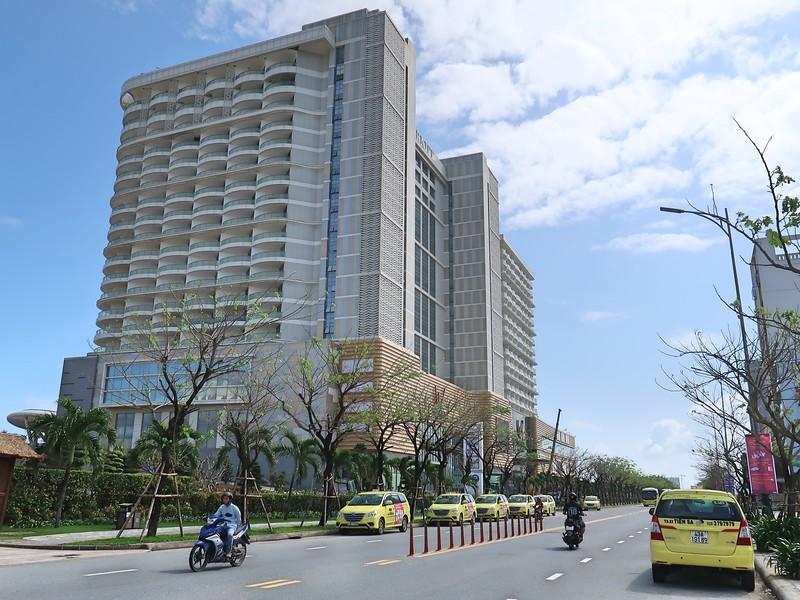 IMG_5698-vv-mall.jpg