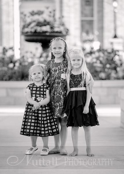 Hirschi Girls 079bw.jpg