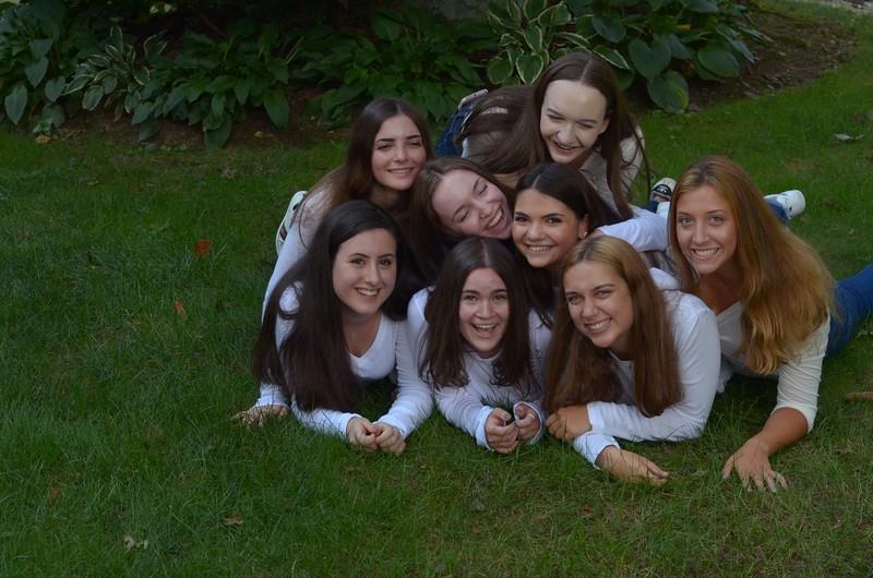 Julia Friend Group Pics - 285 of 308.jpg