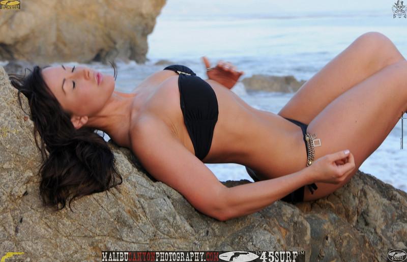 malibu swimsuit model matador 45surf beautiful woman 554,0,,0,,