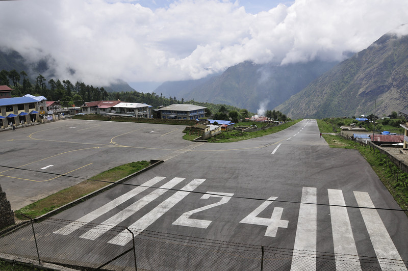 080522 3098 Nepal - Everest Region - 7 days 120 kms trek to 5000 meters _E _I ~R ~L.JPG