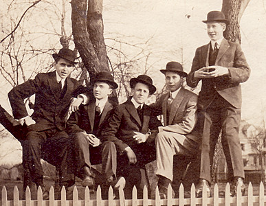 men on fence despeckled