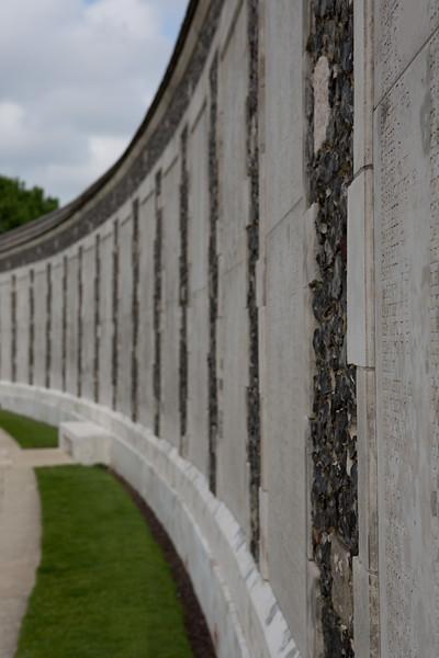 Ypres Tyne Cot Cemetery (32 of 123).jpg