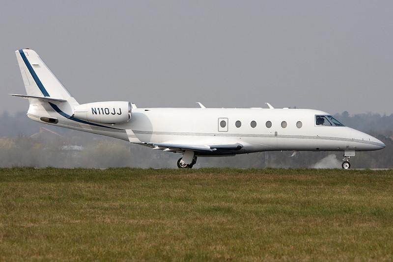 Grumman Gulfstream G150 cn 270 N110JJ