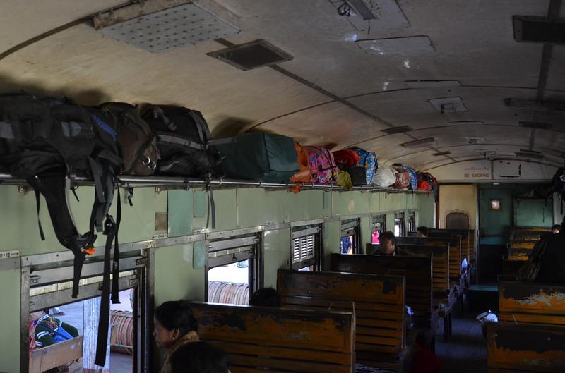DSC_4686-myanmar-railways-first-class-carraige.JPG
