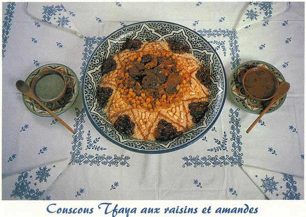 022_Maroc_Typique_Couscous_Tfaya_aux_raisins_et_amandes.jpg
