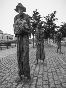 Starvation Statues, Dublin