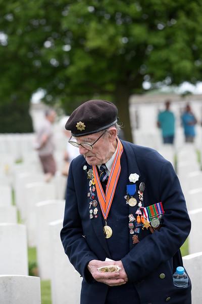 Ypres Tyne Cot Cemetery (83 of 123).jpg