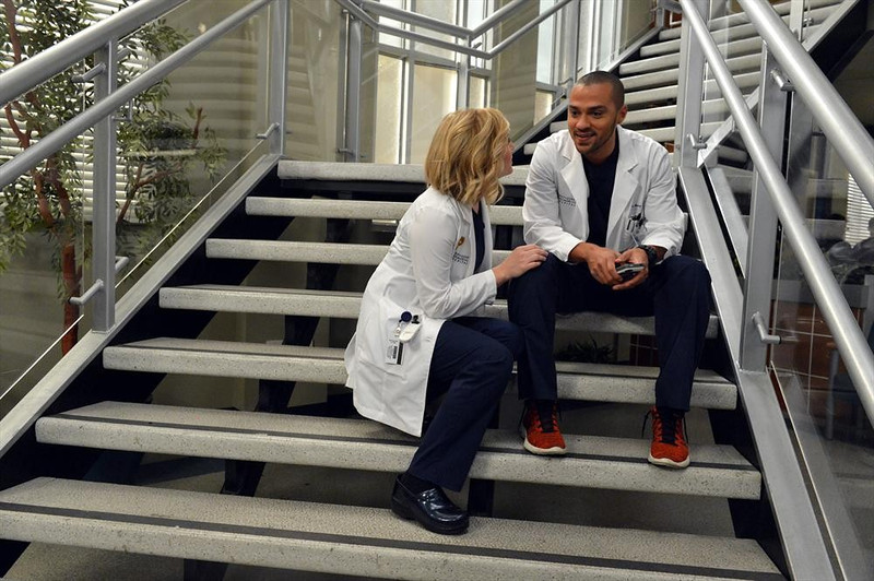 ". GREY\'S ANATOMY - ""You\'ve Got To Hide Your Love Away\""  (ABC/Eric McCandless) JESSICA CAPSHAW, JESSE WILLIAMS"