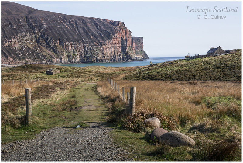 Sneuk Head cliffs and Rackwick Bay (2)