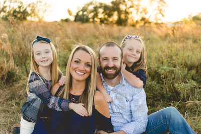 Allicia + Chris + Family Baby Announcement