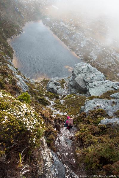 Descent in the rain to Lake Sirona