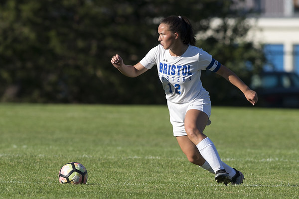 Bristol Eastern vs Newington soccer at Newington High School. Bristol Eastern's Leah Policarpio (12). Wesley Bunnell | Staff