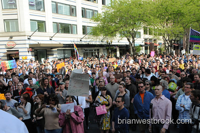 Seattle Protests Proposition 8 Court Ruling (26 May 2009)