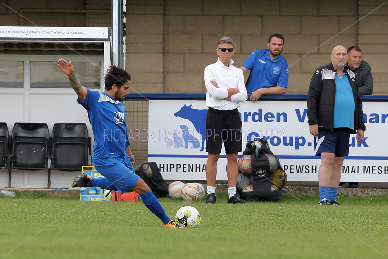 CHIPPENHAM PARK V CAMBERLEY TOWN FC MATCH PICTURES F.A. VASE S.R.Q. 24th September 2017