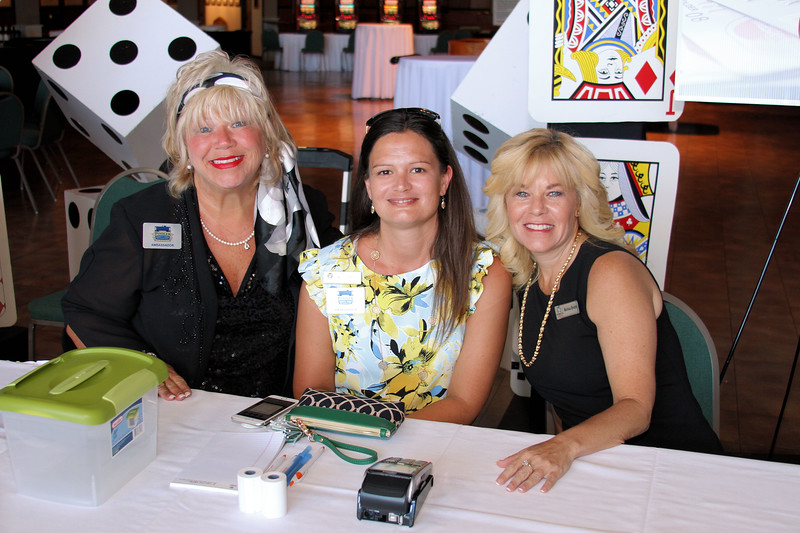 Sip & Savor Casino Night at The Mighty Eighth Museum