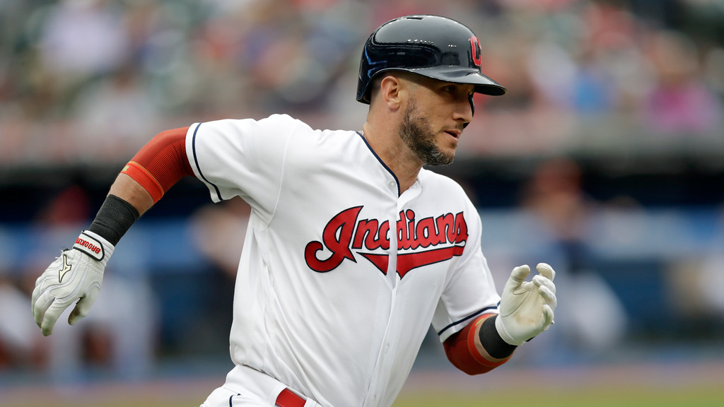 . Cleveland Indians\' Yan Gomes runs out a double in the fourth inning of a baseball game against the Chicago White Sox, Wednesday, June 20, 2018, in Cleveland. (AP Photo/Tony Dejak)