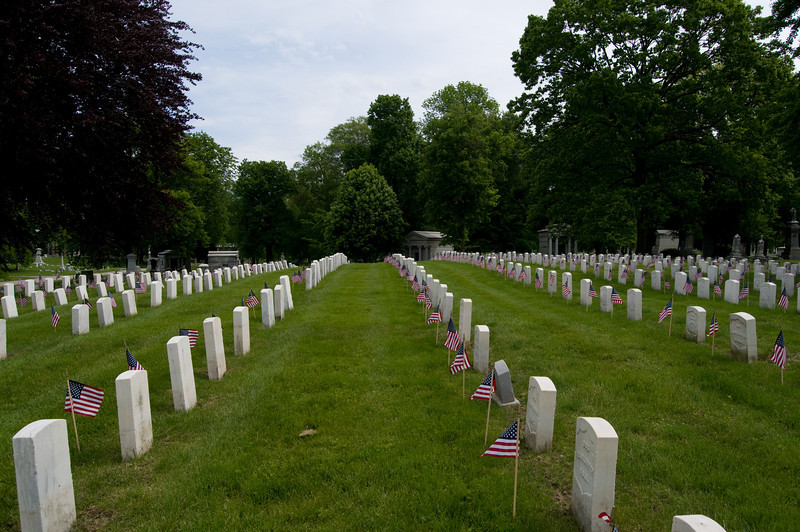 Memorial Day 2008 at Crown Hill Cemetary-2166.jpg