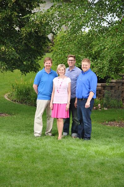 2015-07-25 Family Portraigs 2015 106.JPG