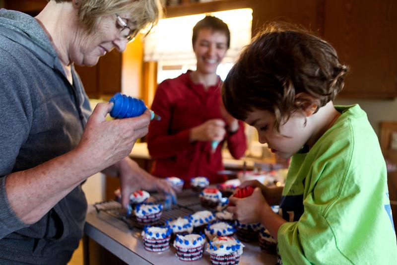 preparing the cupcakes.jpg