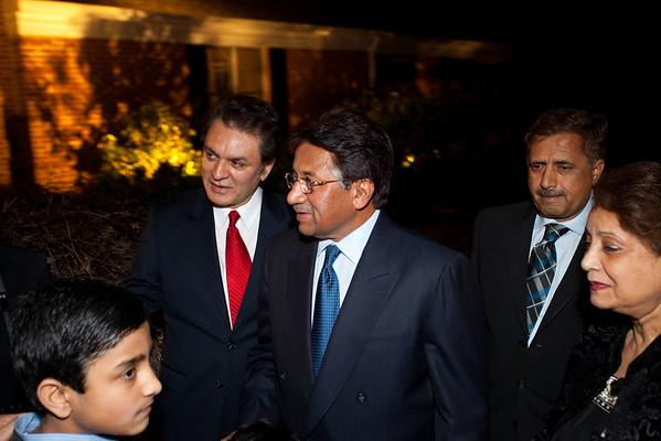 President Musharraf at the Jan's Home