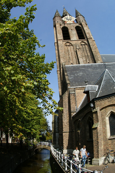 This picture is in Delft.  Do you think that church in Delft looks like it's leaning?  Bingo.  It is.  More than the Leaning Tower of Pisa and no one has heard of this church.  I don't understand how the world functions any more.