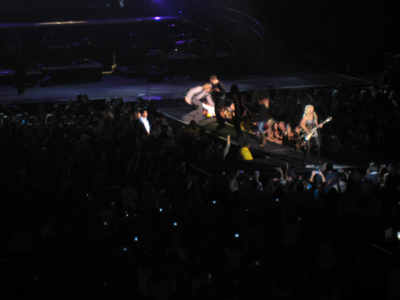 Carrie Underwood brought out Little Big Town for a song, it was awesome.