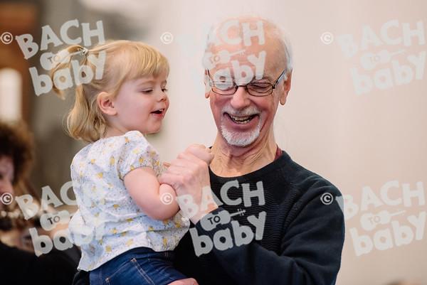 © Bach to Baby 2018_Alejandro Tamagno_Wanstead_2018-04-10 015.jpg