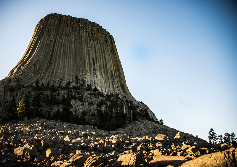 Devil's Tower side view.