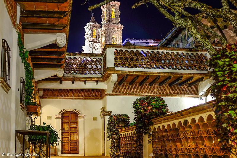 Los Arcos Taxco.jpg
