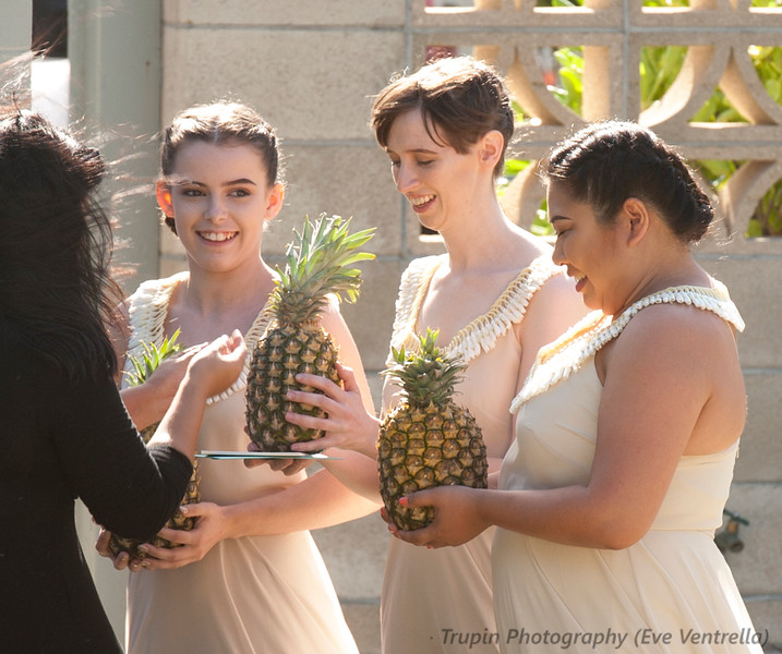 Ceremony waiting for bride 2.jpg