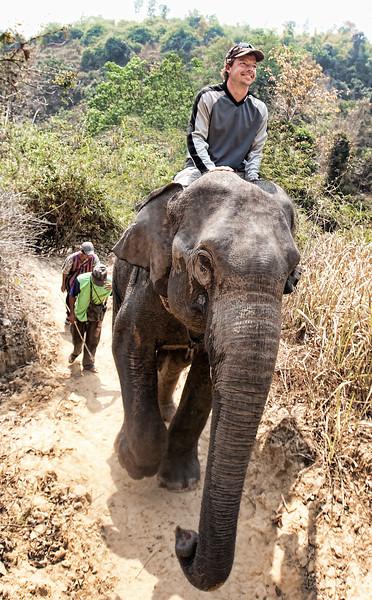 20100228_chiang_rai3_elephant_boat_6260.jpg