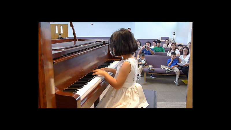 20120519_piano-recital-amy.mp4