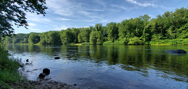 CT, Farmington - Farmington River