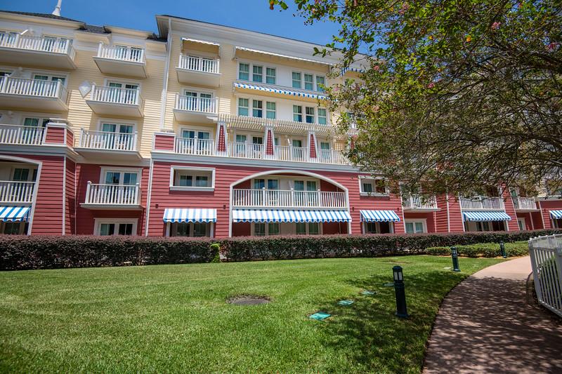 Dinsey Resorts-2-332.jpg