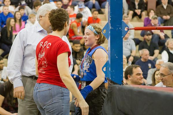 Bout 2 Jennifer (blue) - Rebecca (red)