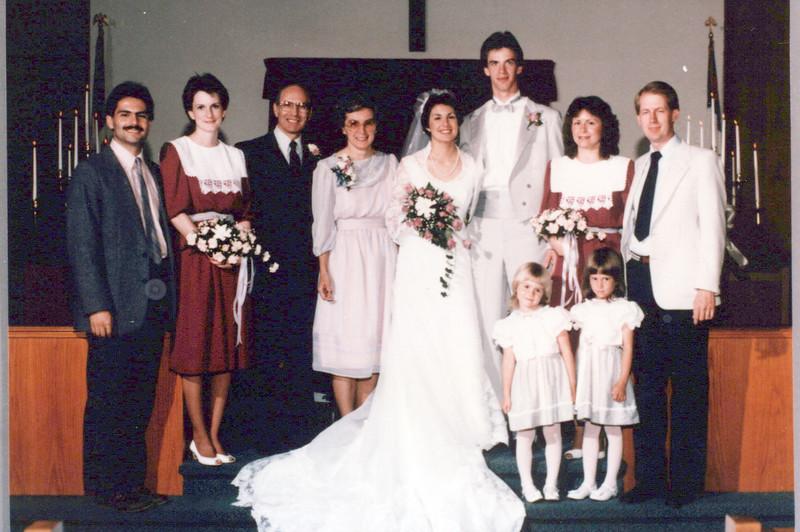 1985 Vicky's wedding, Keven, , Lloyd, Sandy, Vicky, Gard, Raelyn, Joe Mitchell Betsy and Marjorie.jpeg