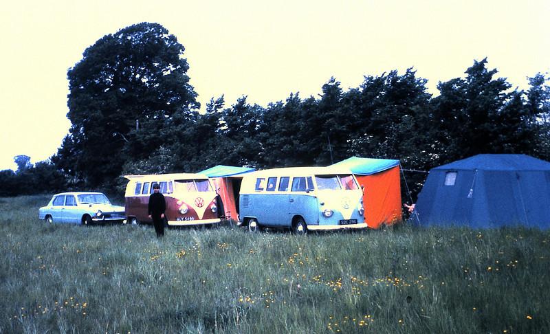066 Camping.JPG