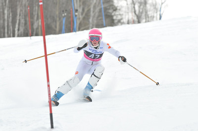 2012 - Feb 5th PM - FIS St-Sauveur Slalom - Women