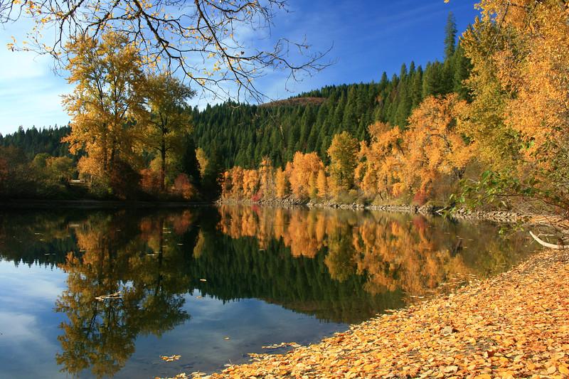 river between two lakes-1389.jpg
