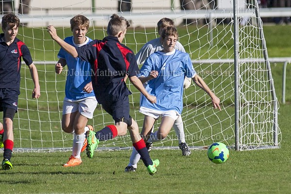 20150509 Football - U15A HIBS v Tawa College _MG_0815 WM