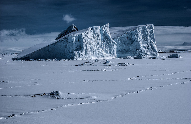 below the antarctic circle 87-Edit.JPG