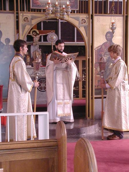 2006-08-13-Fr-Radus-First-Sunday_005.jpg