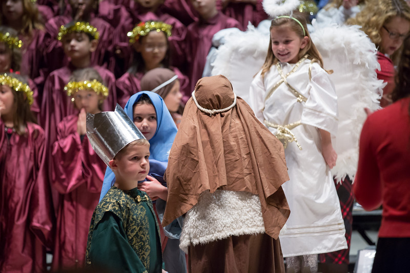 1st grade Christmas program (4 of 49).jpg