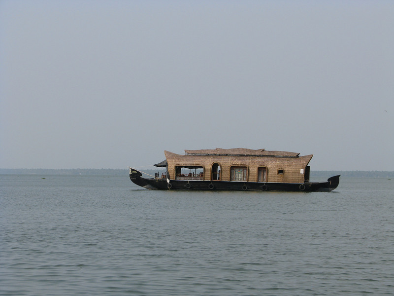 vembanad lake, india