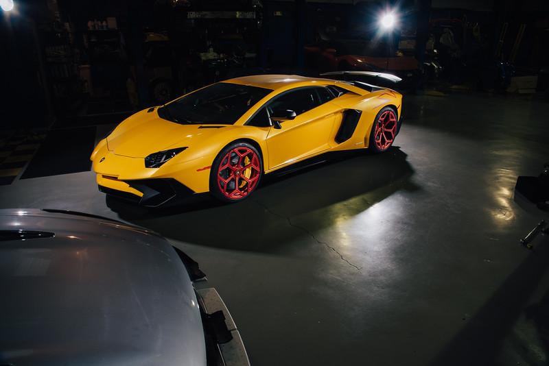 Danh_Phan_Lamborghini_Aventador_SV-2.jpg