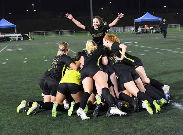 2019-11-16 Jesuit vs. Mountainside (State Championship)