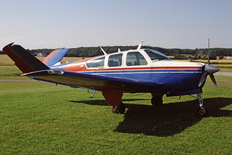 D-EESD-BeechcraftV35BBonanza-Private-1999-07-31-GQ-50-KBVPCollection.jpg