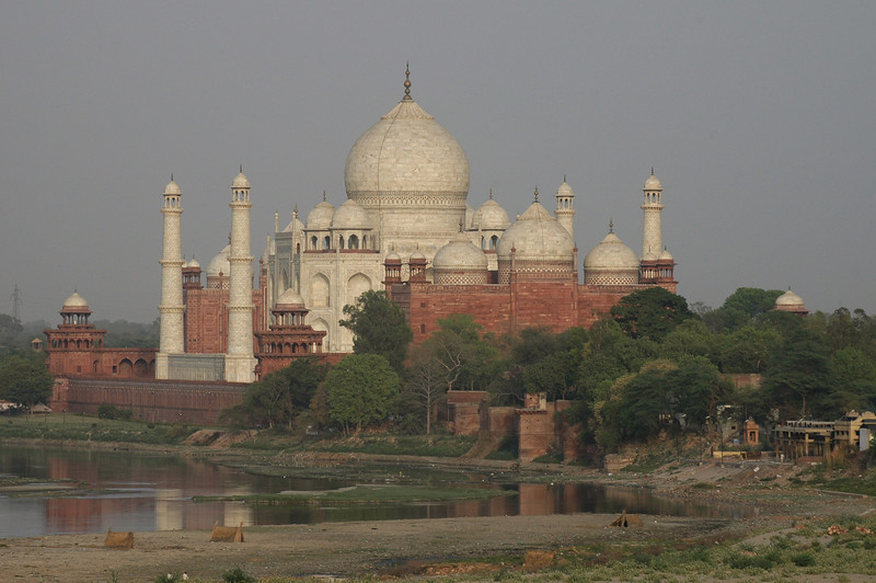 Agra: Taj Mahal seen from the Red Fort